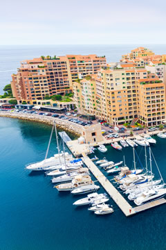 french_riviera_yacht_harbor