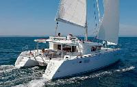 BVI Yacht Charter: Lagoon 450 From $8,200/week 4 dbl cabin 2 sgl/4 head sleeps 10