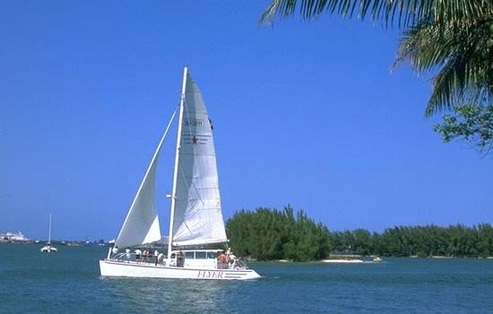 Yacht charter in Florida, Miami Beach and Key West, Boat