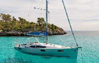 Italy Yacht Charter: Oceanis 41.1 Monohull From $2,345/week 3 cabin/2 head sleeps 6/8 Dockside Air